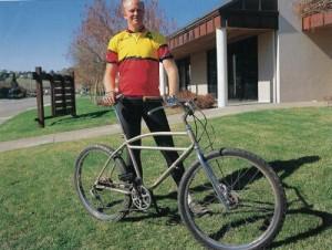 ゲーリー・フィッシャー氏とアイデアと夢がぎっしり詰まった改良自転車。